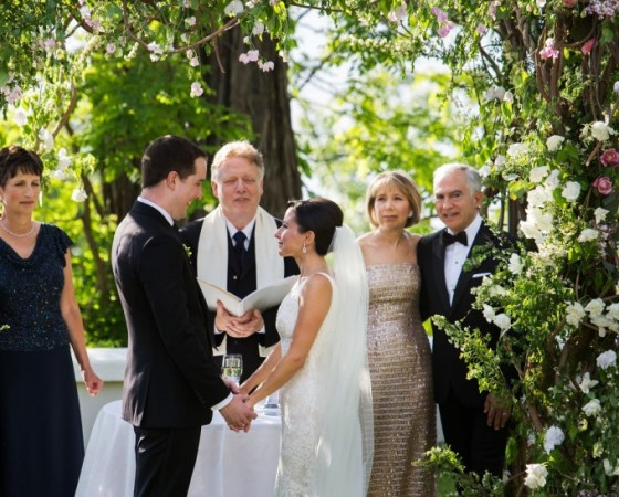 wisteria chuppah-locusts on hudson