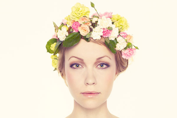 wedding-trends-vintage-floral-crown